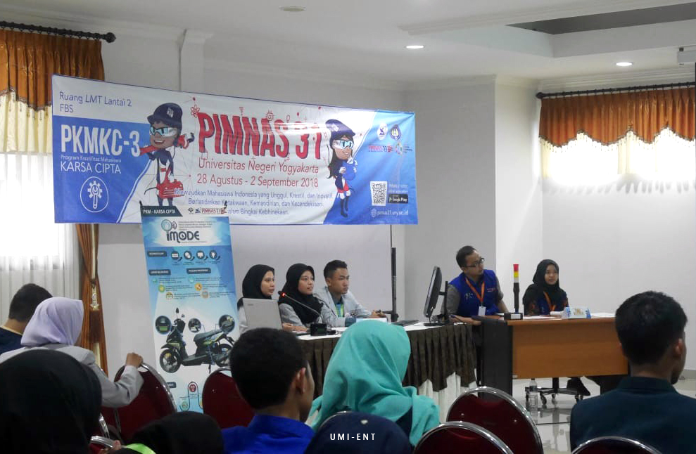 Presentasi di Hari Kedua, Lima Tim PENS Tampil Memuaskan