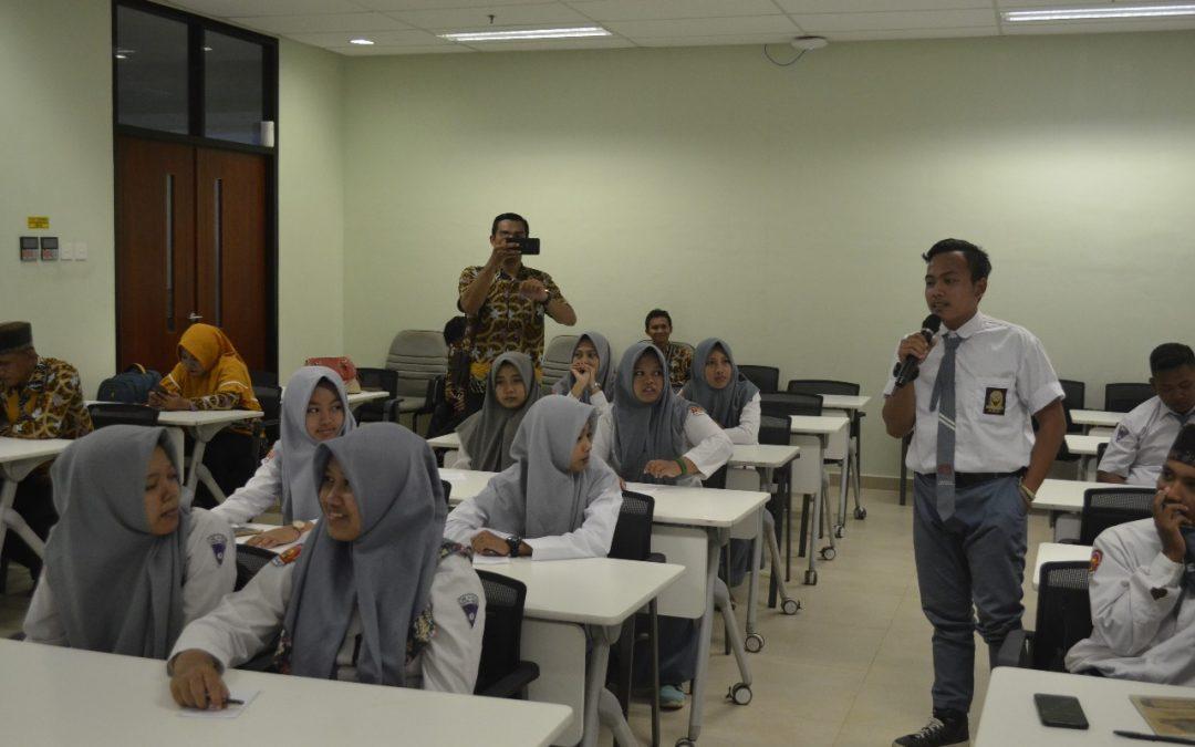 Kunjungan SMK Al- Falah Kraton Pasuruan ke PENS