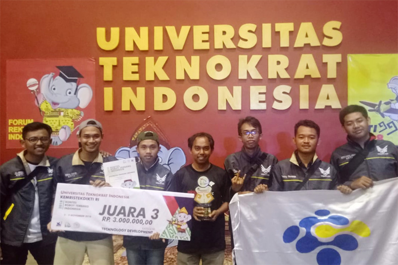 Tim EFRISA Sabet Juara 3 pada Divisi Technology Development KRTI 2018