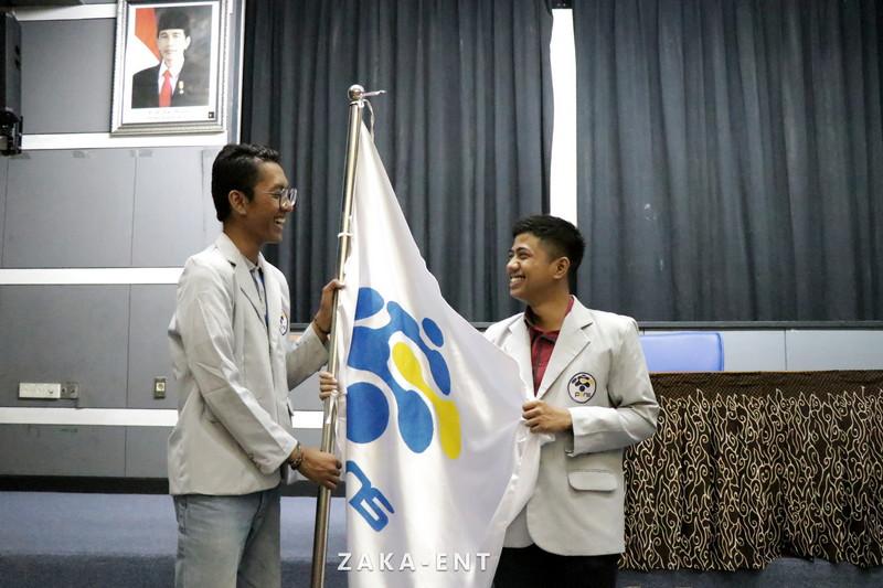 Prosesi Pelantikan Presiden BEM PENS dan Anggota DPM PENS Periode 2019 Berlangsung Lancar