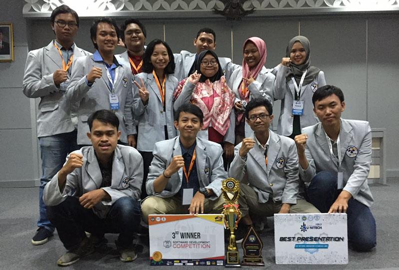 Mahasiswa PENS Kembali Bawa Pulang Juara dalam Serangkaian UNY Fest#7