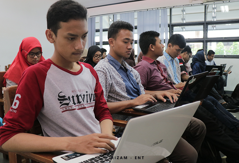 Kenalkan Software Open Source, OSC IT PENS Gelar Lokakarya LibreOffice 6.2