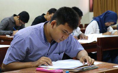 Ujian Seleksi Mandiri, 1216 Peserta Berebut jadi Mahasiswa PENS