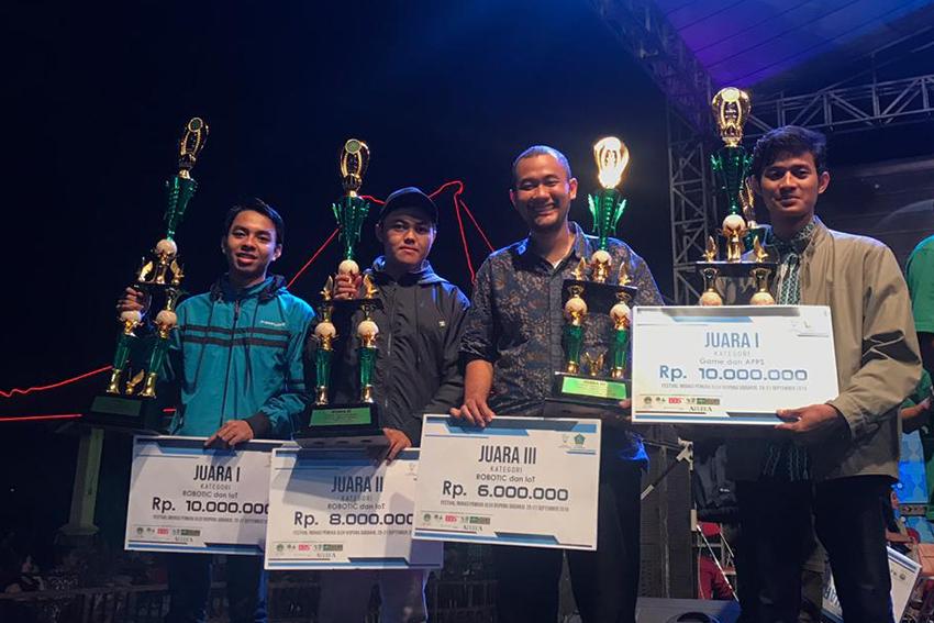 PENS Borong Juara Dalam Festival dan Inovasi Pemuda Tahun 2019