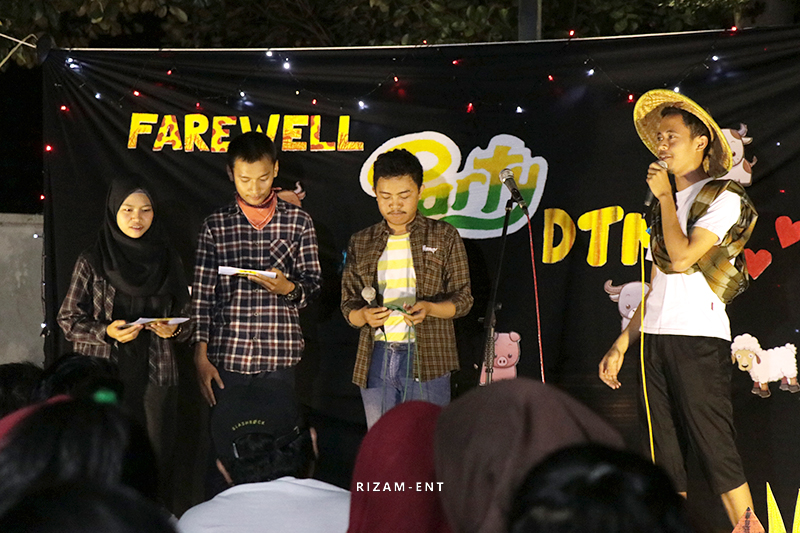 Jelang Wisuda ke-13, Hima MMB Helat Farewell Party Ala Farming