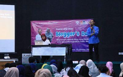 Tingkatkan Motivasi Menulis bagi Mahasiswa, Departemen Multimedia Kreatif Gelar Blogger's Day