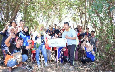 "Ajak Mahasiswa untuk Peduli Lingkungan, EBIO Helat Bakti Sosial Bertajuk ""Satu Pohon Selamatkan Negeri"""