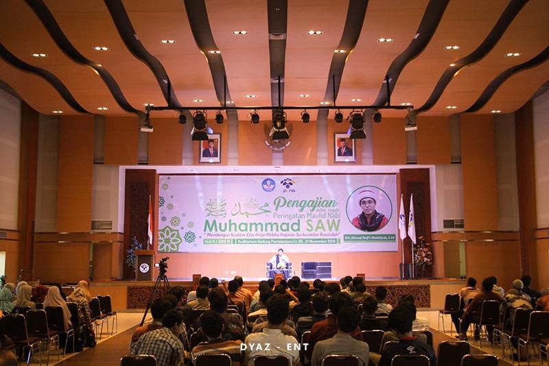 Peringati Maulid Nabi Muhammad SAW, PENS Usai Helat Pengajian