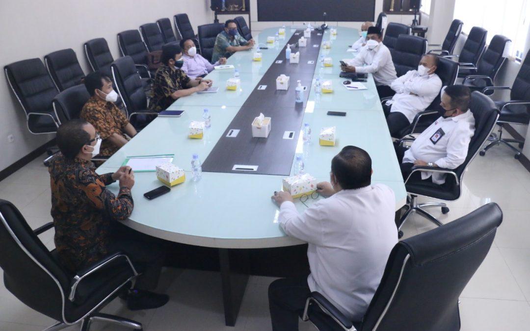 Bangun Bersama Pendidikan Vokasi, PENS Kunjungan Silaturahmi dengan PPNS